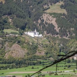Benediktinerkloster oberhalb von Burgeis