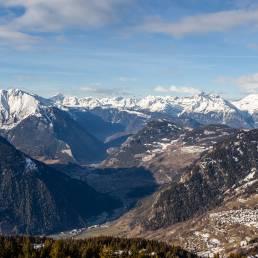 Blick in Richtung französische Alpen. Viel Schnee is noch nicht.